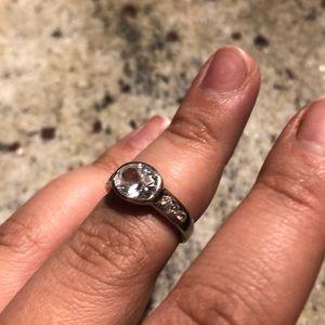 TARAXA zirconia ring